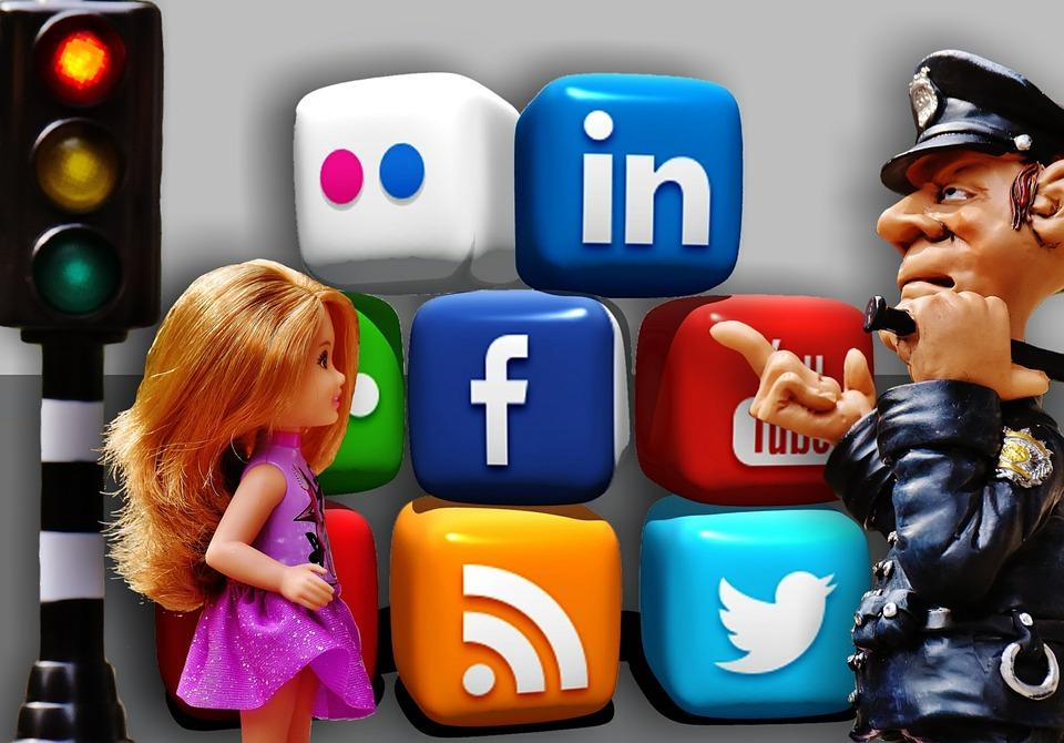 enfant et utilisation des réseaux sociaux