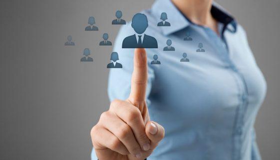 Confier sa campagne de recrutement à un cabinet RH: une solution pour trouver un candidat qualifié