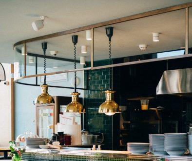 Pourquoi opter pour une cuisine avec verrière ?